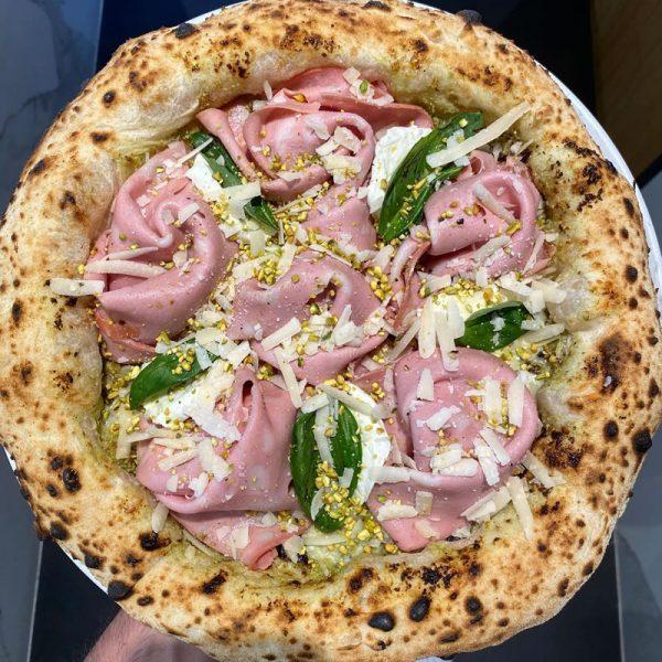 La Diversamente Napoletana di Salvatore Lioniello Pizza - Accademia Nazionale Pizza DOC