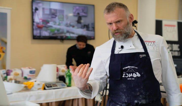 La pizza in teglia a casa con Gabriele Bonci 04 - Accademia Nazionale Pizza DOC